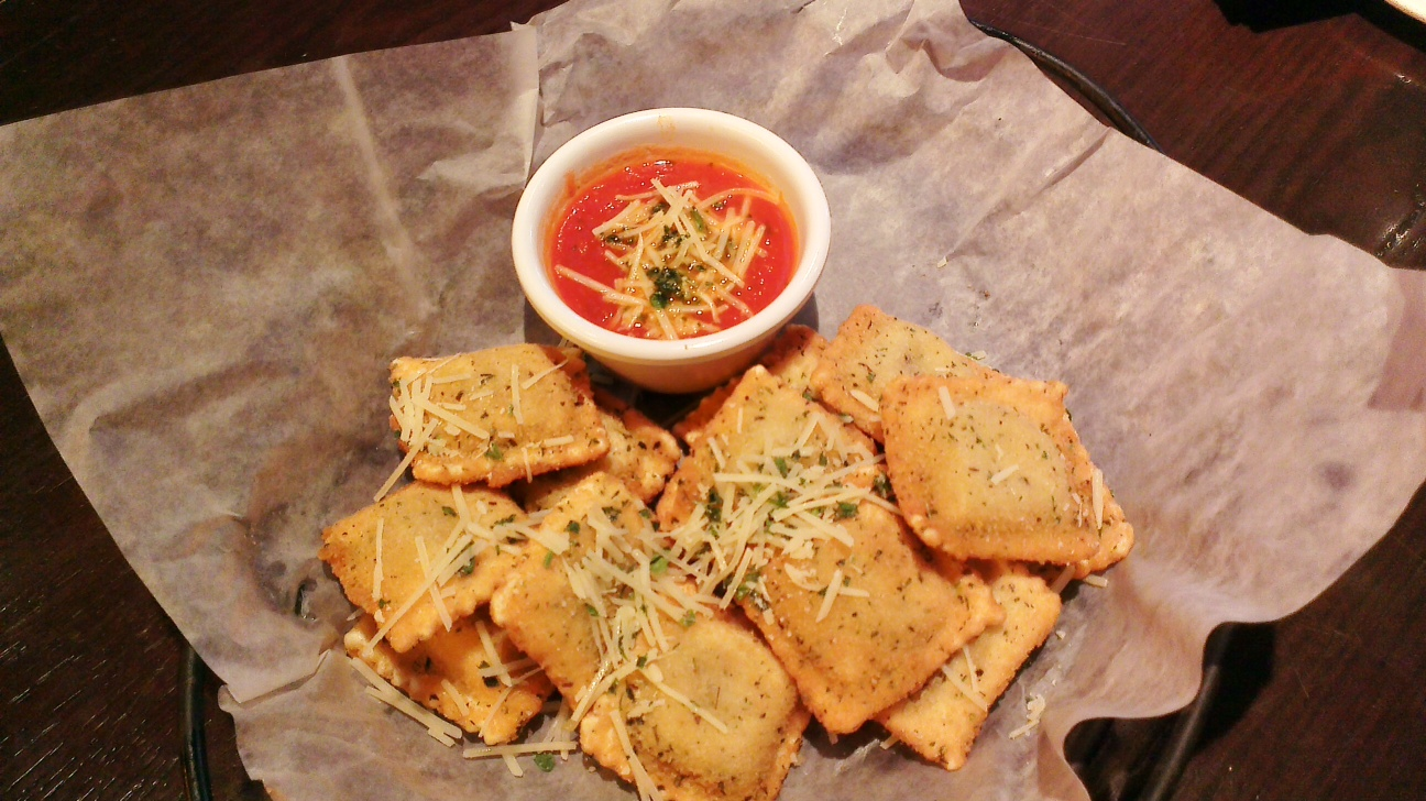 Toasted Ravioli With Marinara Dipping Sauce Recipe — Dishmaps
