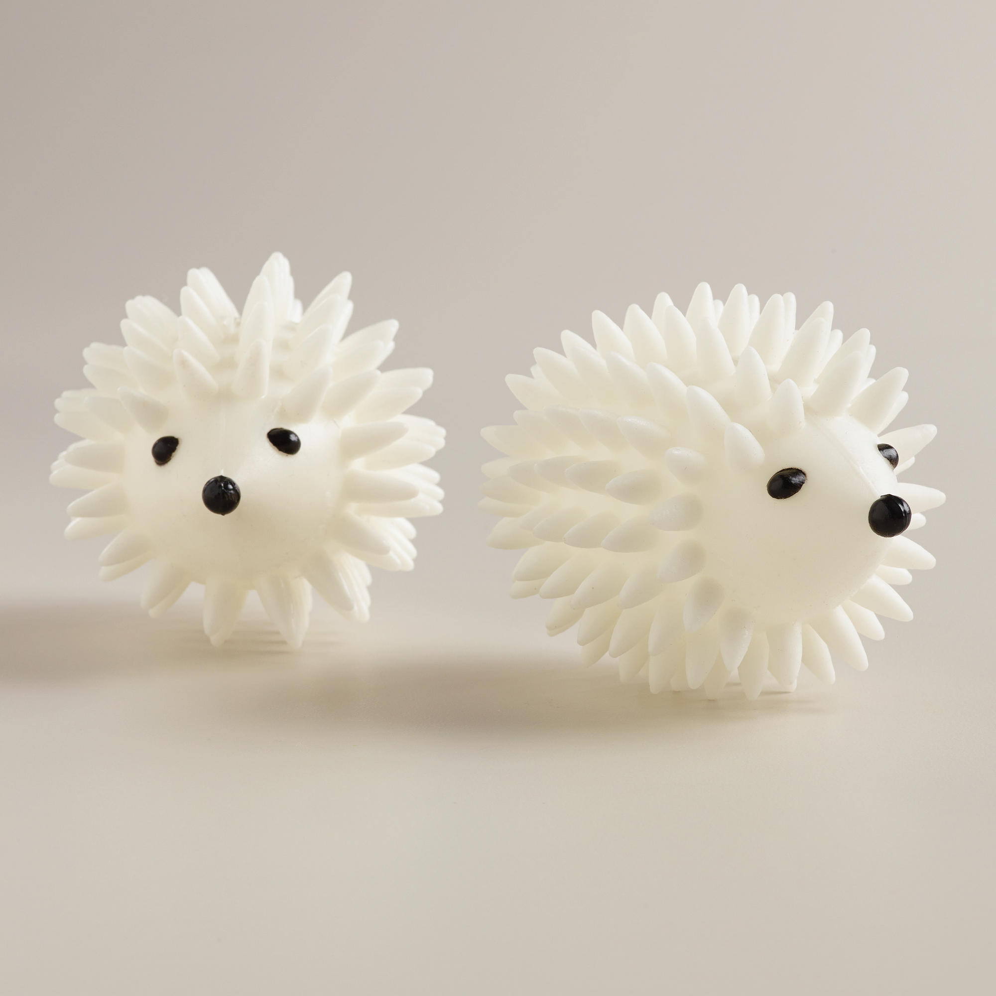 on my laundry list this beautiful day - hedgehog laundry dryer balls