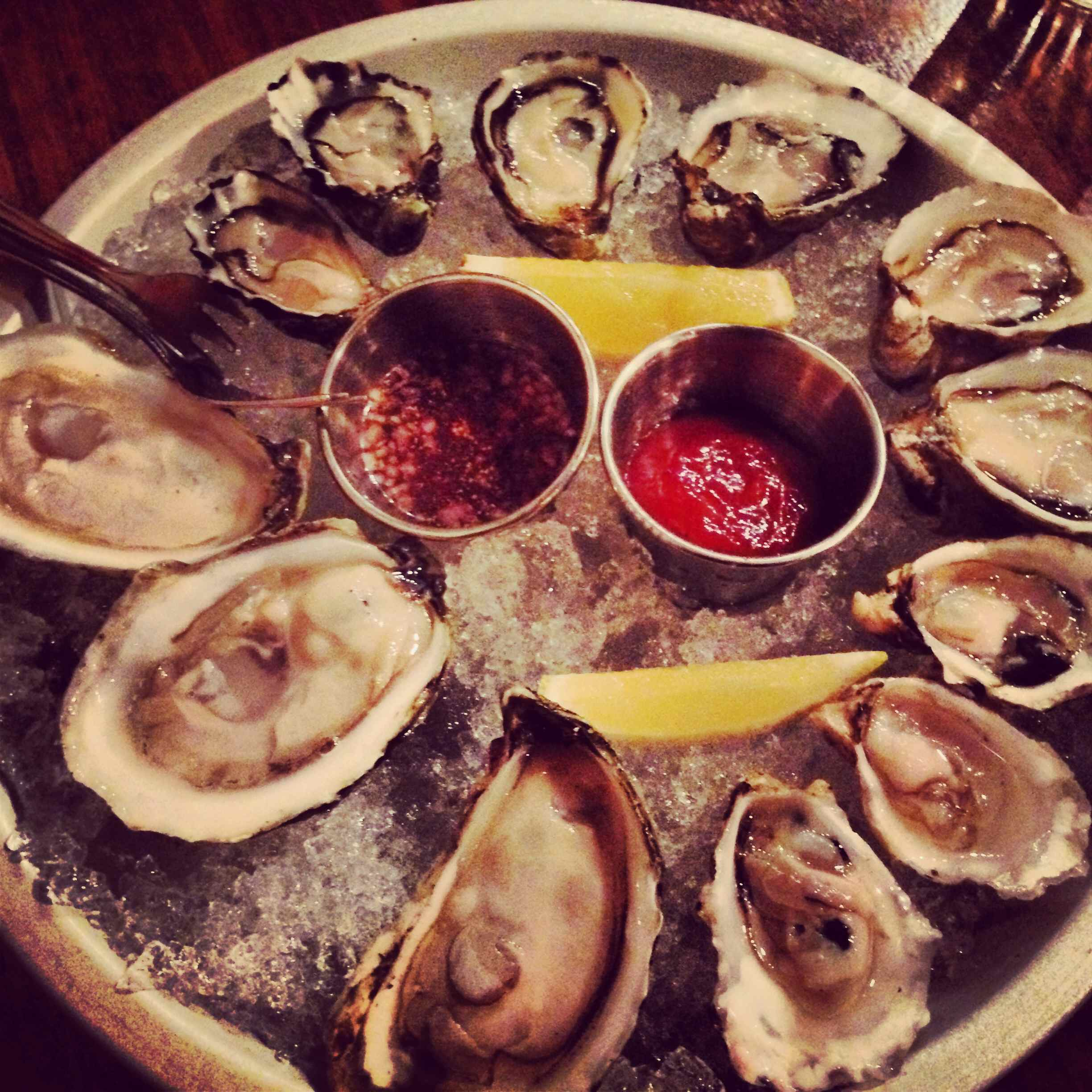 Oyster Vacation: Oysters-Block-Tackle-Portland-Happy-Hour