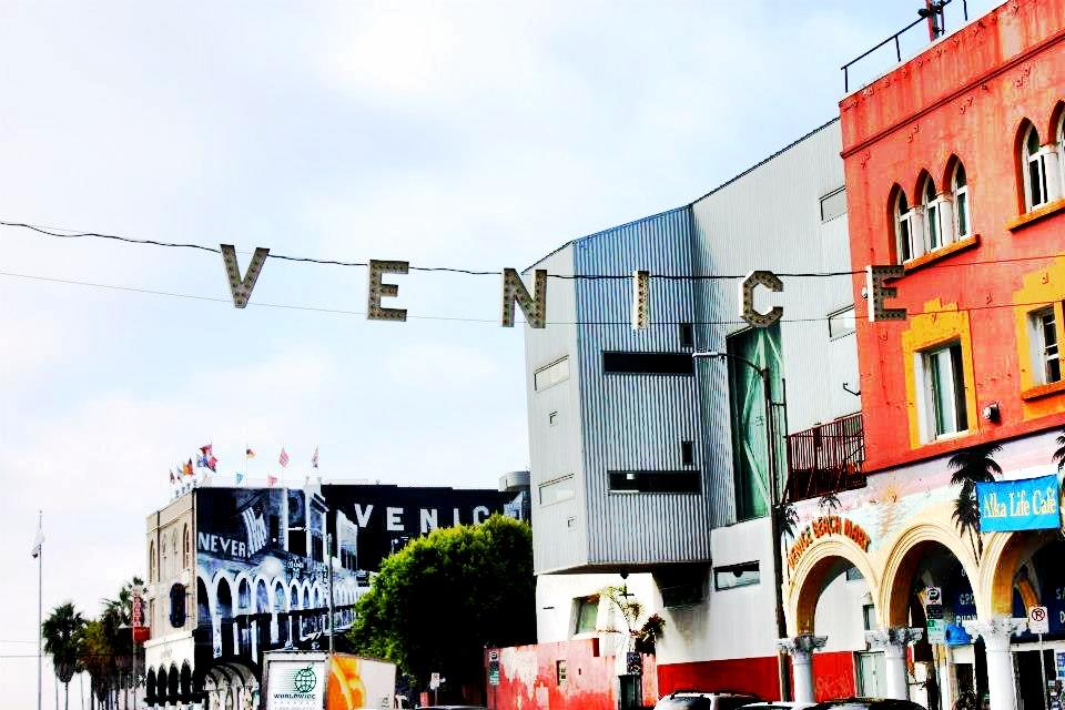 Venice sign for Los angeles vacation guide