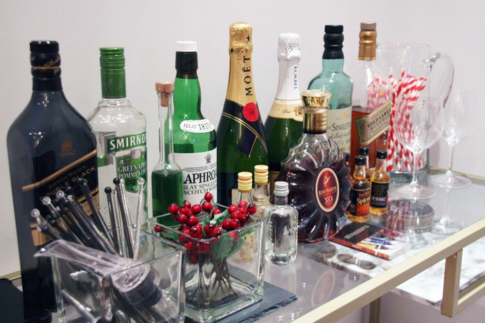 Christmas-Bar-Cart