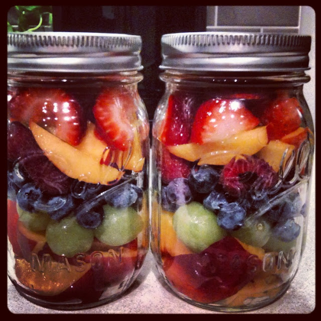 Mason-Jar-Fruit-Salad