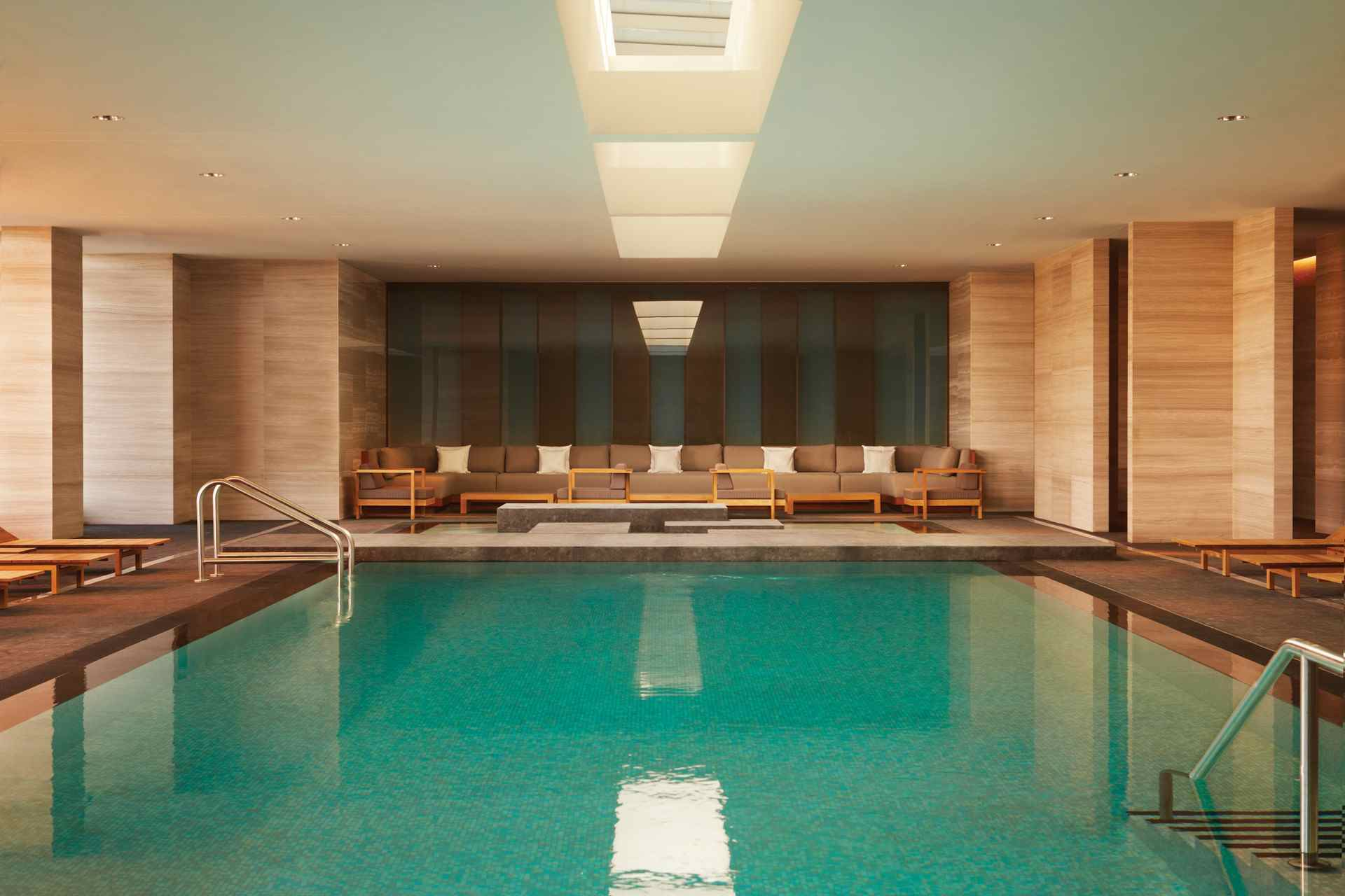 Four seasons toronto pool for 4 seasons beauty salon