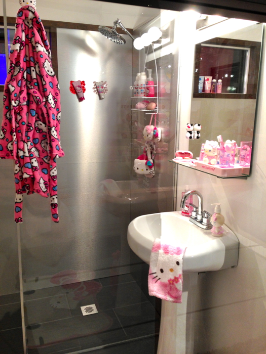 hello kitty bathroom. Black Bedroom Furniture Sets. Home Design Ideas