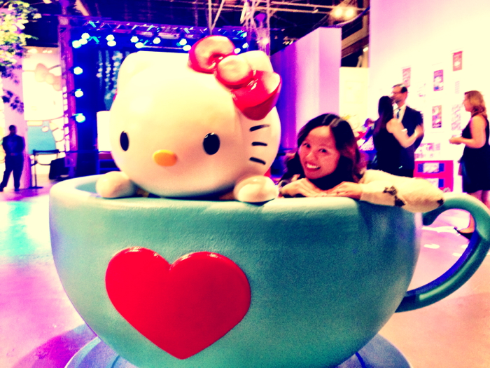 Hello-Kitty-Con-Teacup