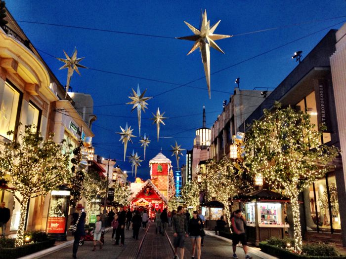 Christmas-The-Grove-Hollywood