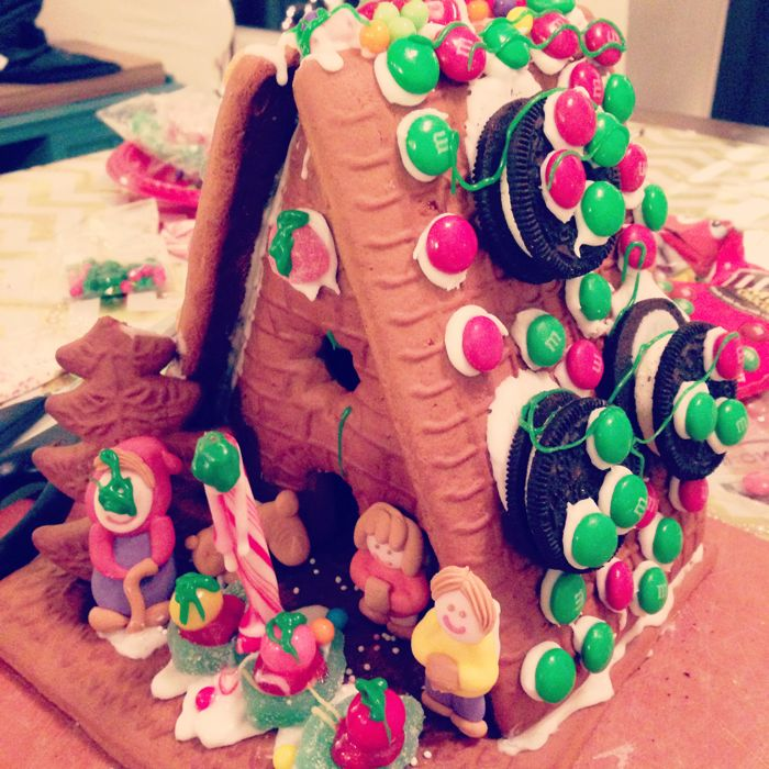 Trader-Joes-Gingerbread-House-Christmas