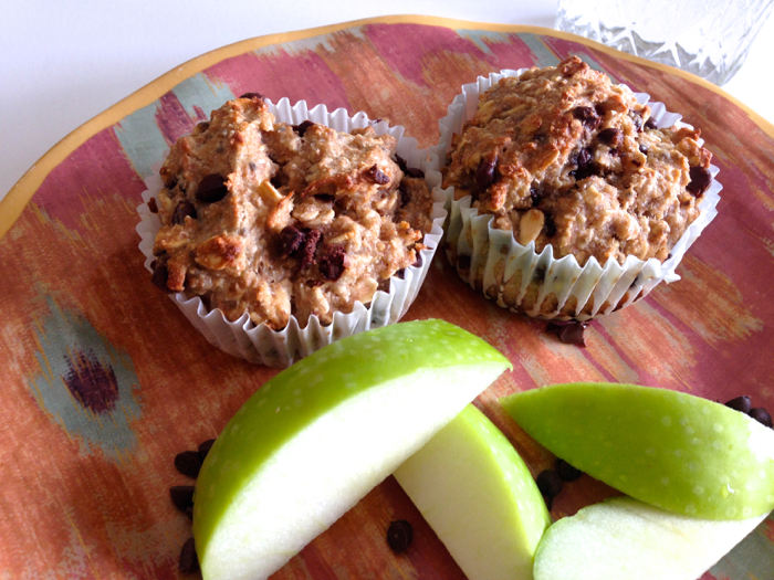 Banana-Chocolate-Muffins-Apples