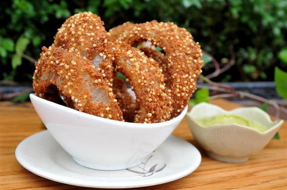 Quinoa-onion-rings-Fresh-Toronto