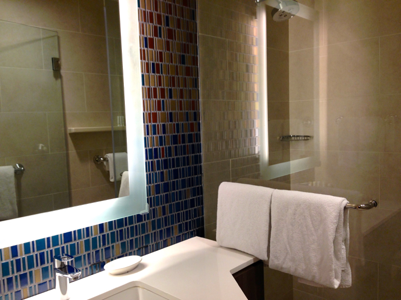 marriott chelsea bathroom