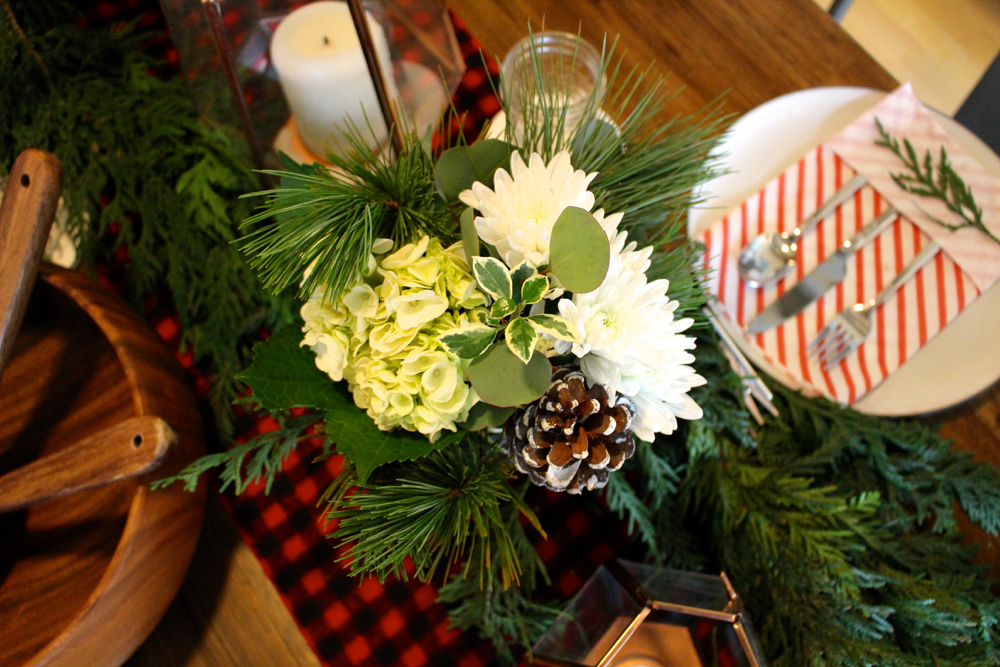holiday floral centerpiece ideas arrangement christmas tablescape