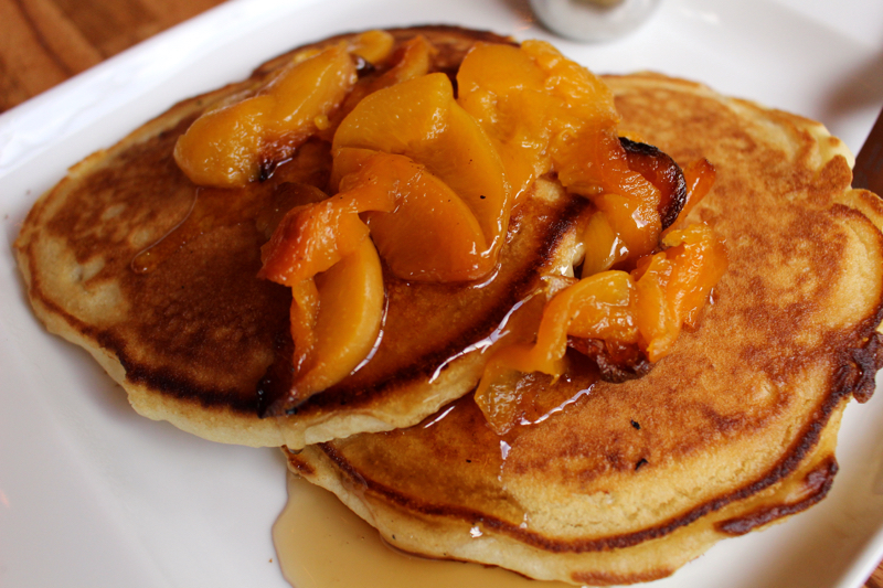pancakes with smoked peaches