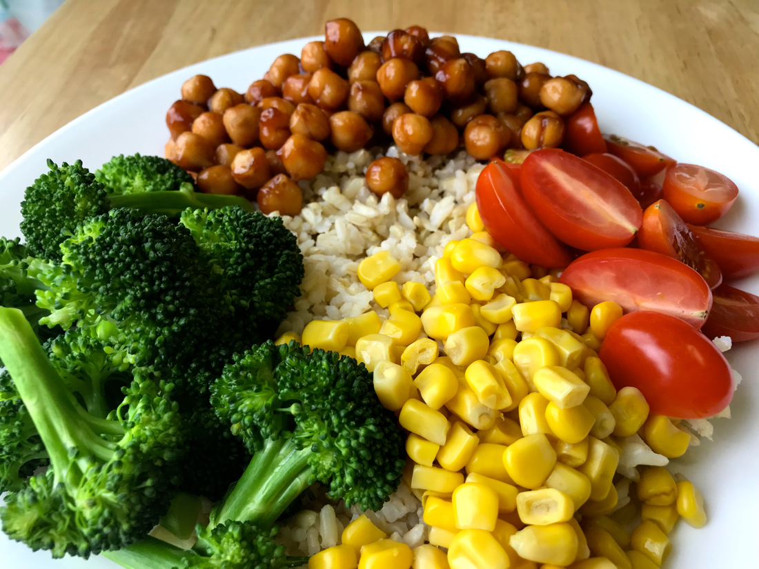 BBQ chickpea rice bowl