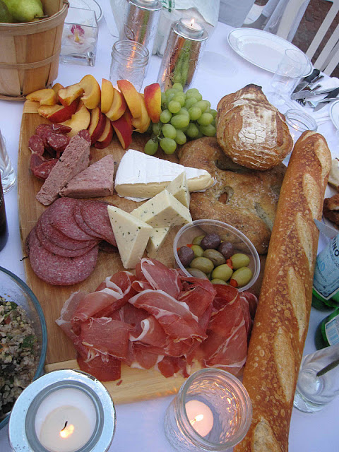 Meat-and-cheese-platter-picnic-ideas & DIY: Meat and Cheese Platter -