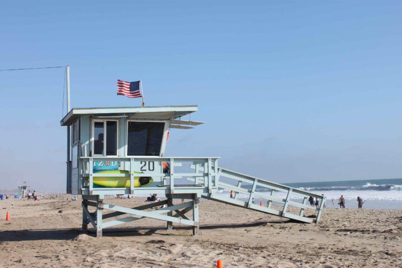 California-Lifeguard-Stand