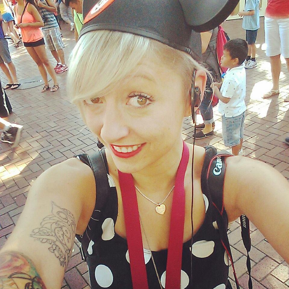 Casie-Stewart-Blogger-Canada
