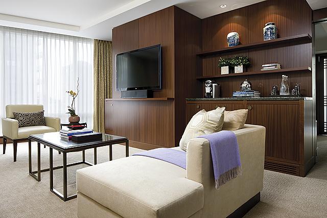 Shangri Hotel Toronto