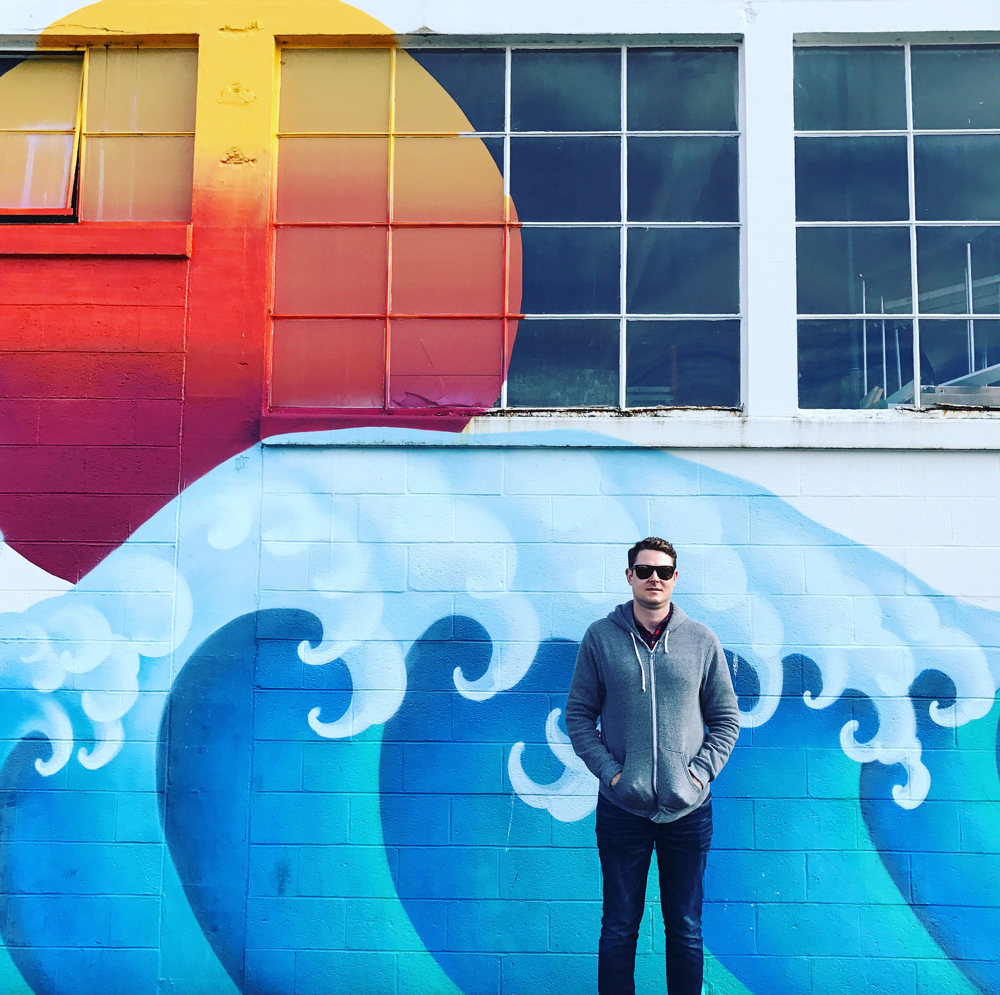 astoria oregon wave mural